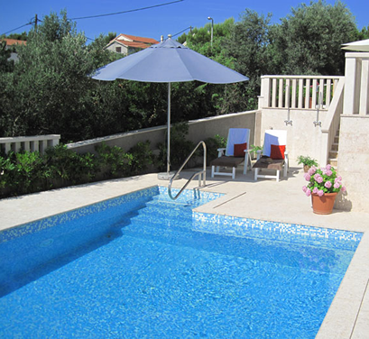 swimming-pool-cy