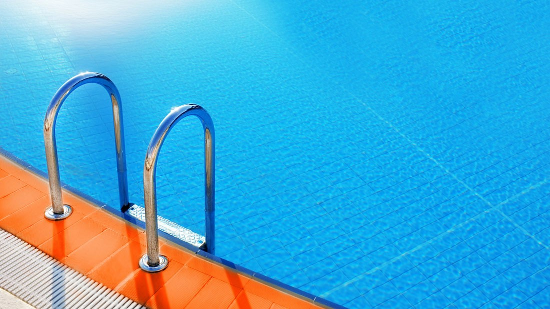 swimming pool maintenance paphos